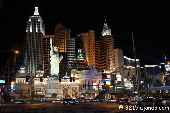 Bar gay en el hotel parisino de Las Vegas